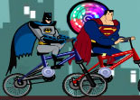 Batman Contre Superman Course de BMX